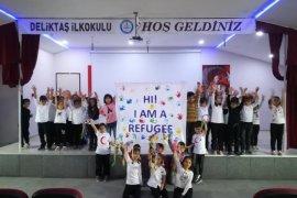 Merhaba! Ben Bir Mülteciyim