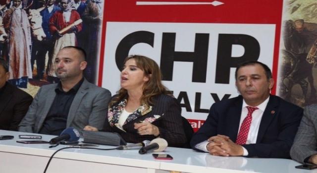 """Chp Genel Başkan Yardımcısı Cankurtaran, Antalyada Ekonomideki Son Gelişmelere Değindi: """"Akp, Torba Yasa İle Torbayı Vatandaşın Başına Geçirdi"""""""