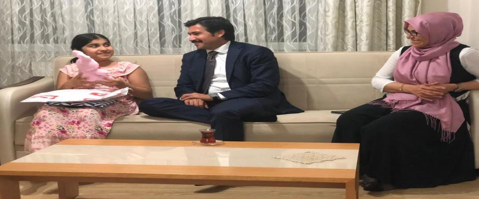Cahit Özkan'dan 15 Temuz şehit ailesine ve gaziye ziyaret